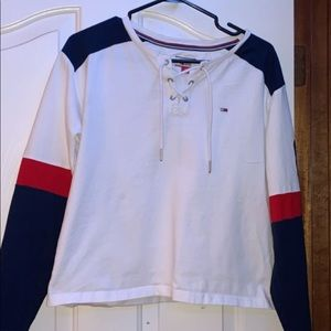 I'm selling my Tommy Hilfiger long sleeve
